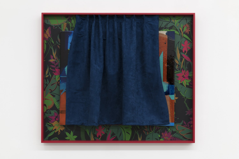 Alex Hubbard Private Lives, 2018 Urethane, resin, fiberglass, found wallpaper, wood, fabric 103,5 x122 x 7,5 cm
