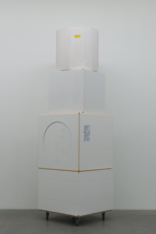 Manfred Pernice Kubo-Kahla 4, 2015 Wood, varnish, 347 x 100 x 100 cm