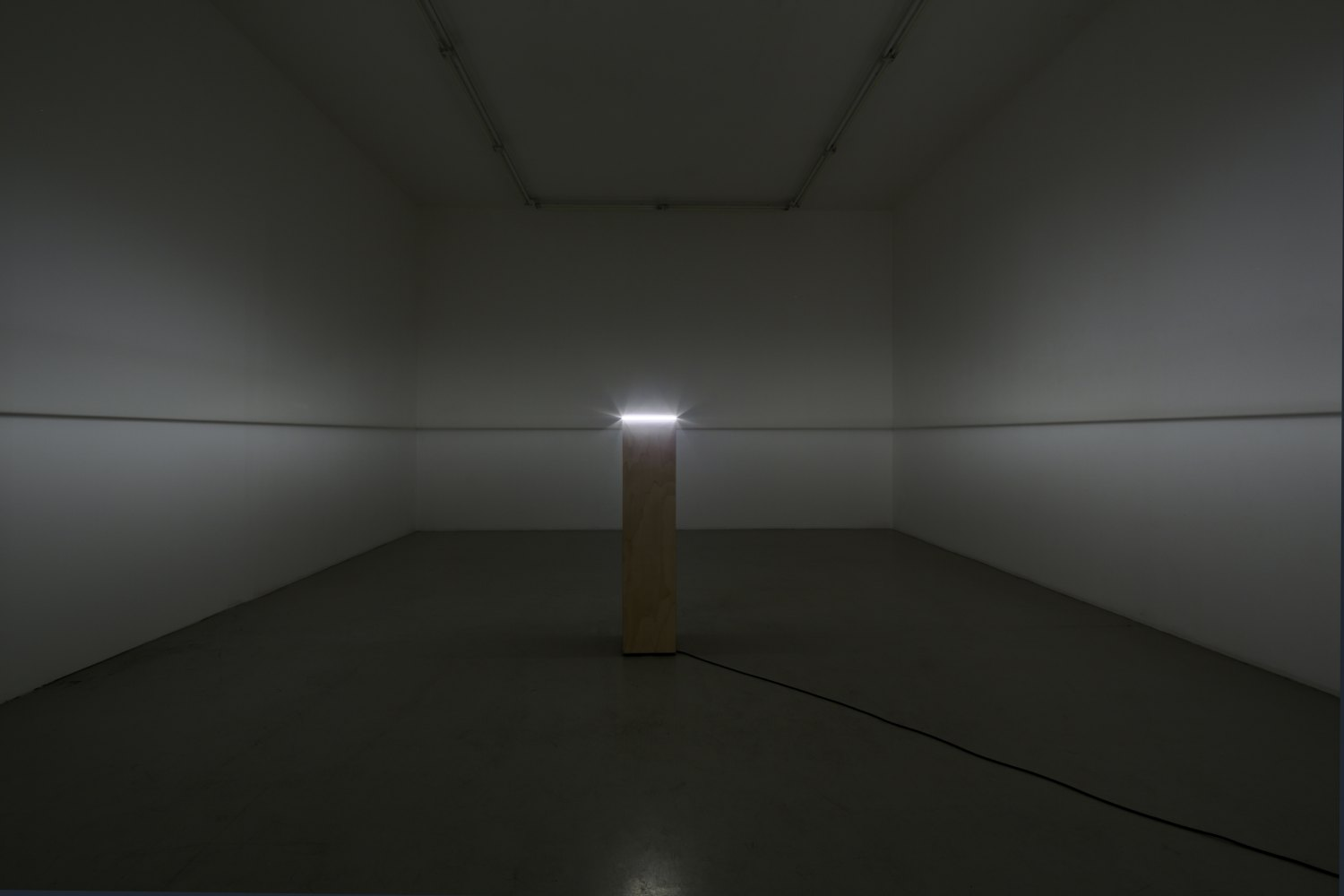 Kitty Kraus Untitled (Light Box), 2012 Painted plywood, painted glass, 250W light bulb, cable, 129 × 36 × 29 cm