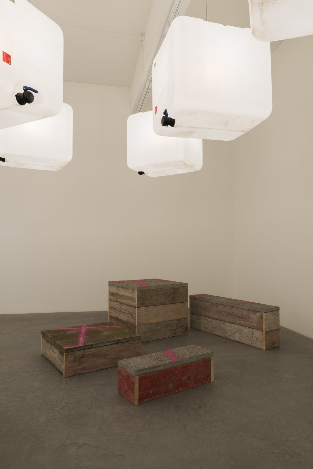 Klara Lidén Untitled, 2015 Wood, concrete, lamps, plastic, dimensions variable