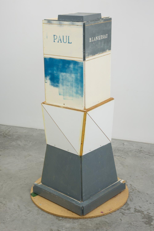 Manfred Pernice   P.Wulf-Lankenau (denkmal), Entwurf zu Y.E.S.Ü, 2007    Wood, paint,  165 × 85 × 85 cm